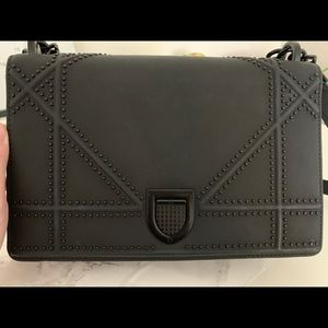 dior diorama ultra black bag medium size